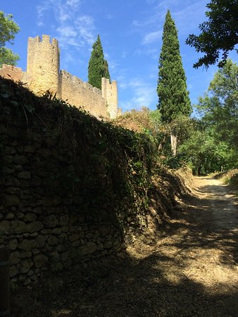 Tomar, Portugal: Walking path (adjacent to Castle wall)