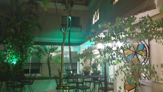 Hotel Nacional: 20160727_230844_large.jpg