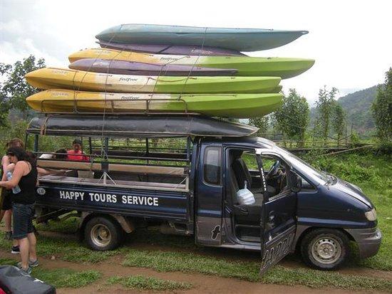 Kangaroo Sunset Bar: kayak trip happy tour