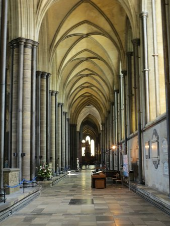 Salisbury Cathedral: Stunning interior