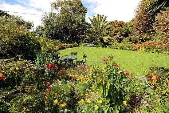 Currie, Australia: Spend time in the King Island Guesthouse garden