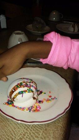 Showboat Branson Belle: Kids dessert