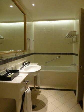 Hope Island, Australien: bathroom