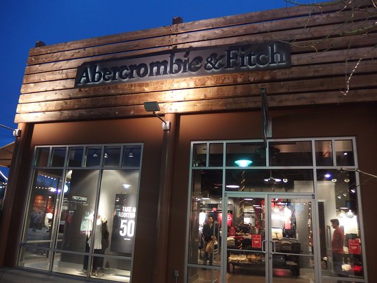 520366ab7408 Seattle Premium Outlets - Picture of Seattle Premium Outlets ...