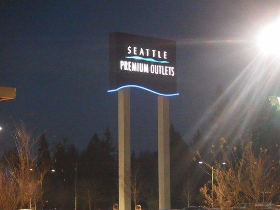 Marysville, Вашингтон: Seattle Premium Outlets