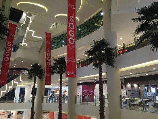 Mall Pentacity