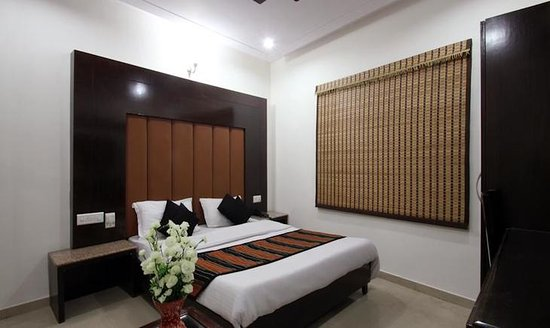 FabHotel Mohan International Paharganj: Bedroom