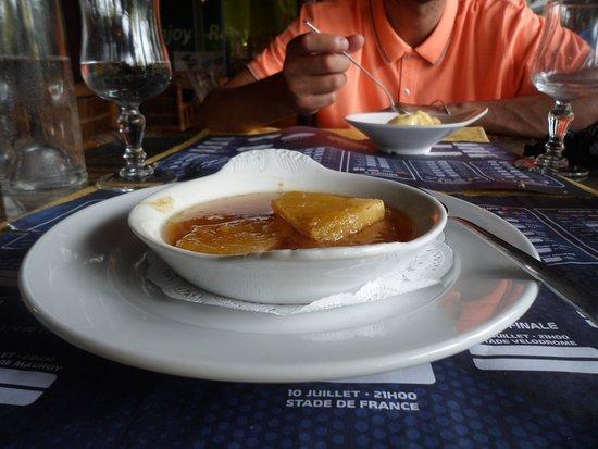 Pointe-a-Pitre, Guadeloupe: Ananas flambée très bon