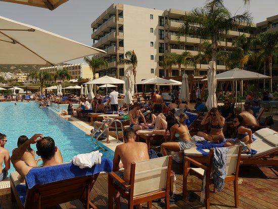Alimounda Mare: The pool area