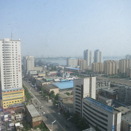 Dandong, China: Compare and contrast with the DPRK!