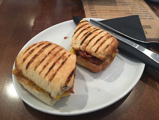 Chester-le-Street, UK: Breakfast paninis, looks great, looks tasty, real shame about the cheap untasty sausage. What a