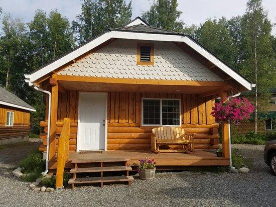 Denali Fireside Cabins & Suites: 20160706_195152_large.jpg