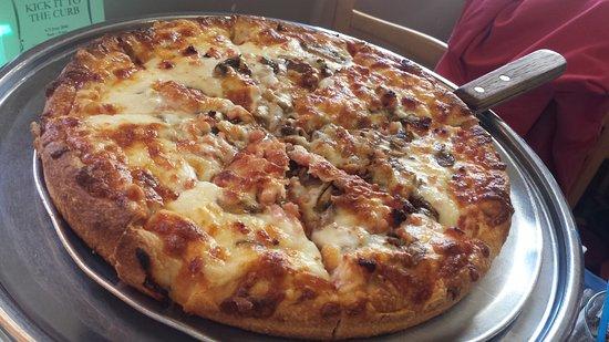 Hinton, كندا: pizza