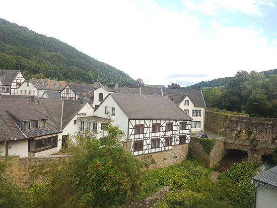 Bad Munstereifel, Germany: 20160725_193033_large.jpg