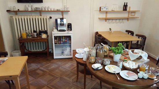 The Bed and Breakfast: 20160729_094554_large.jpg
