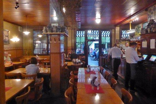 Neu-Isenburg, Allemagne : Der Gastraum
