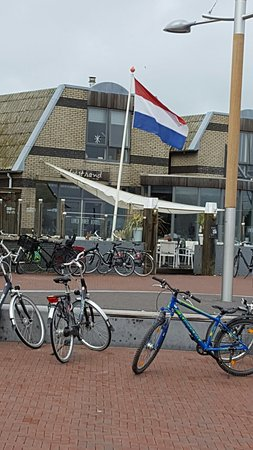 Vlieland, Países Bajos: Gestrand Eten Aan Zee