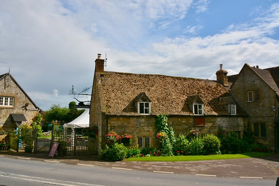 Temple Guiting, UK: General view 1