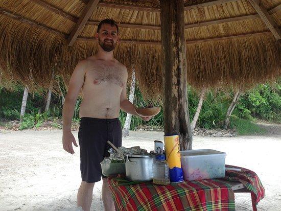 bahía de Marigot, Sta. Lucía: Beach bbq