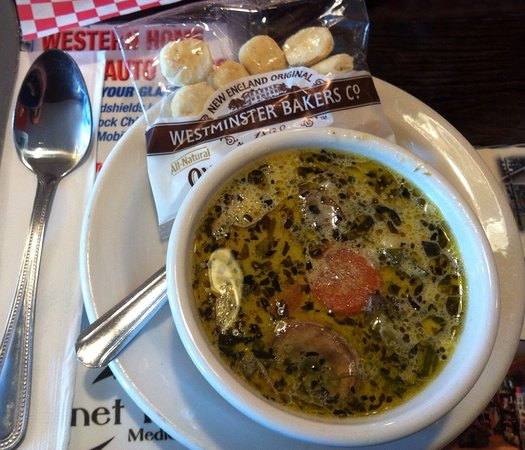 Libby, MT: Their special spinach tortellini soup