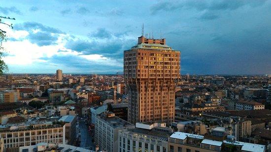 Vista Duomo dalla terrazza martini - Foto di Terrazza Martini ...