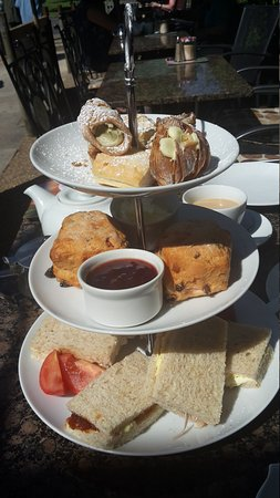 Wisborough Green, UK: Afternoon tea for two