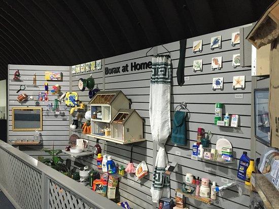 Boron, CA: This exhibit shows the many everyday uses of borax.