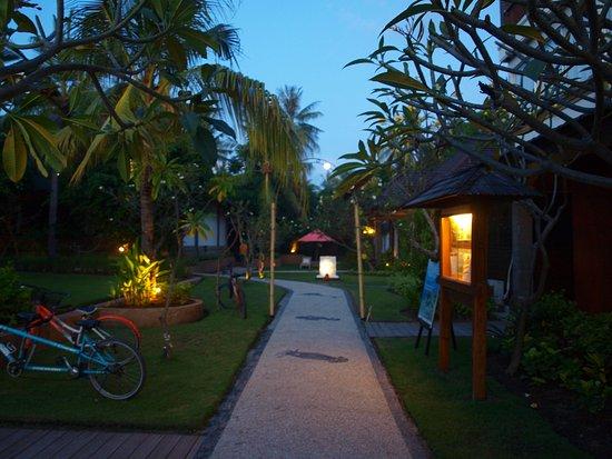 Hotel Ombak Sunset: The hotel