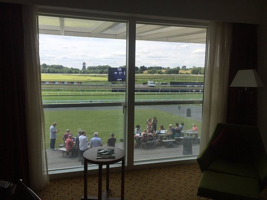 Lingfield, UK: Hotel room with race course view