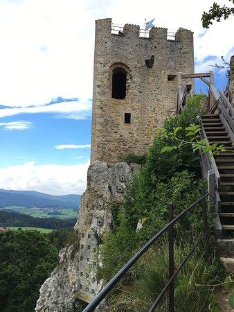 Regen, Allemagne : Burg Weissenstein
