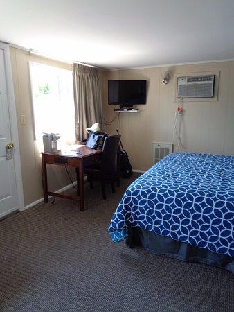 Pirate S Cove Motel Picture