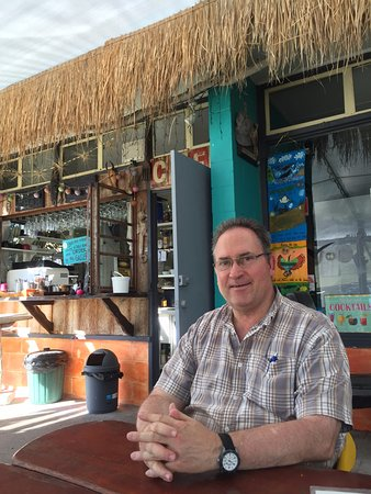 Rathdowney, Australia: cool beachside restaurant where we enjoyed lunch supplied by Araucaria Ecotours
