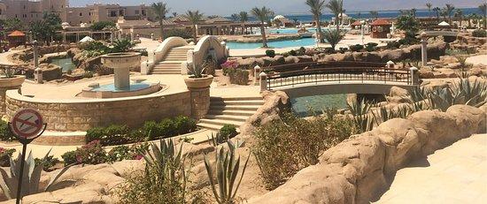 Kempinski Hotel Soma Bay: Hotel outdoors