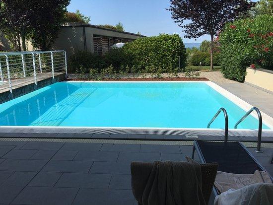 Pool Vom Zimmer Aus Bild Von Parc Hotel Germano Suites