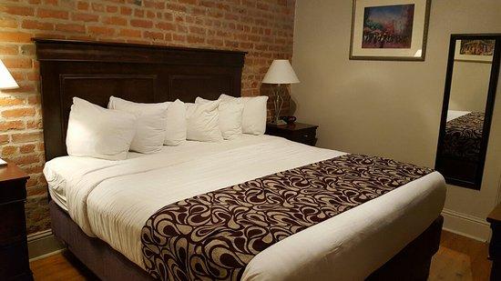 Inn on St. Peter, hoteles en Nueva Orleans