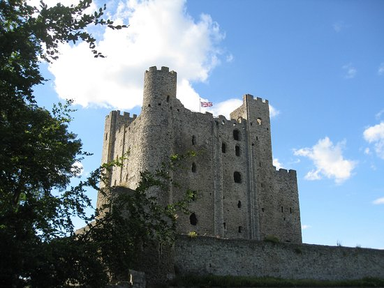 Rochester Castle from the town side