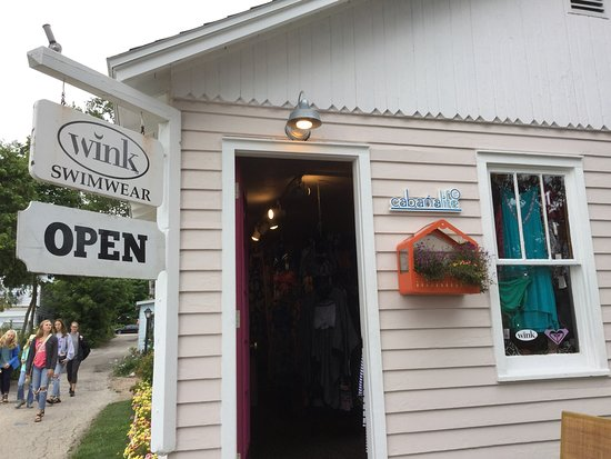 Fish Creek, Висконсин: Tiny shop but loaded