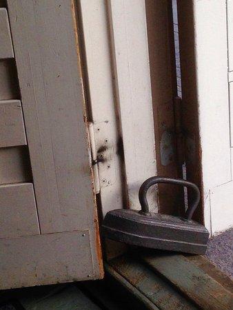 Wolkoff: Hauska ajanhenkeen sopiva ovistoppari.