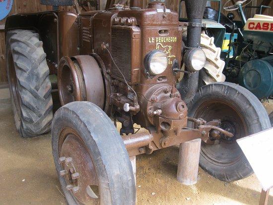 Chatelais, France : amateur de tracteur