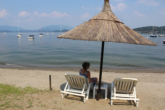Hotel Villa Paradiso : The Hotel's beach area