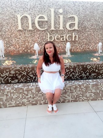 Nelia Beach Hotel: front of hotel
