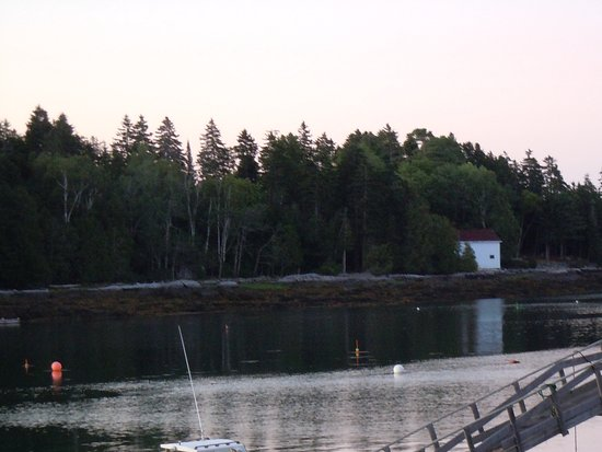 Quahog Bay Inn in Harpswell, Maine: Daybreak