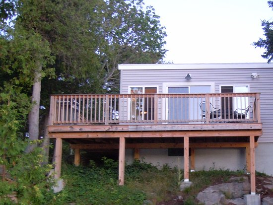 Quahog Bay Inn in Harpswell, Maine: The deck