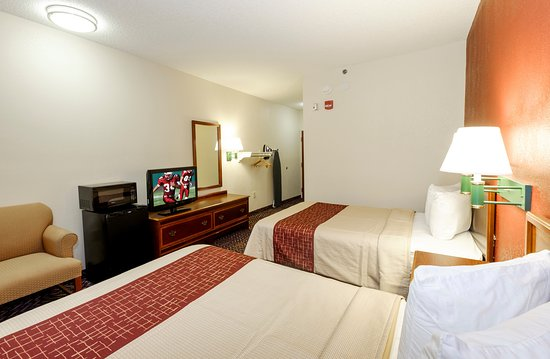 Troutville, VA: Double Bed