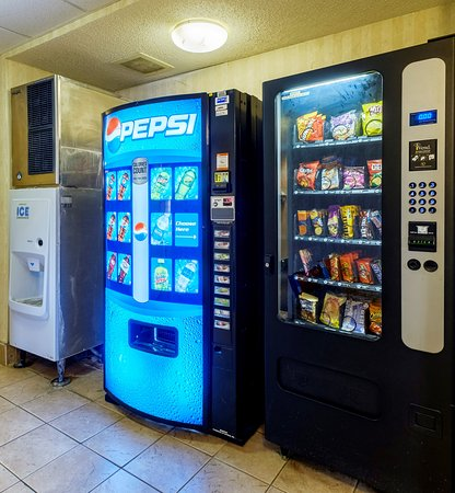 Red Roof Inn Roanoke - Troutville: Vending