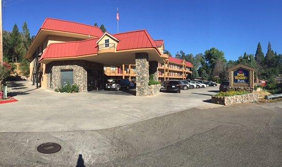 Oakhurst, Καλιφόρνια: front view