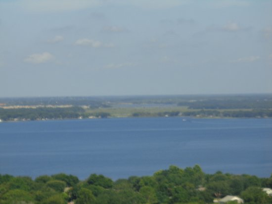 Florida Citrus Tower: Beautiful lake view from up top