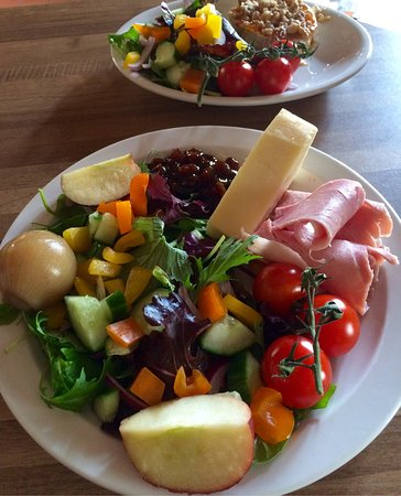 Axbridge, UK: Huge ploughman's & delicious goats cheese special at The Almshouse Tea Shop