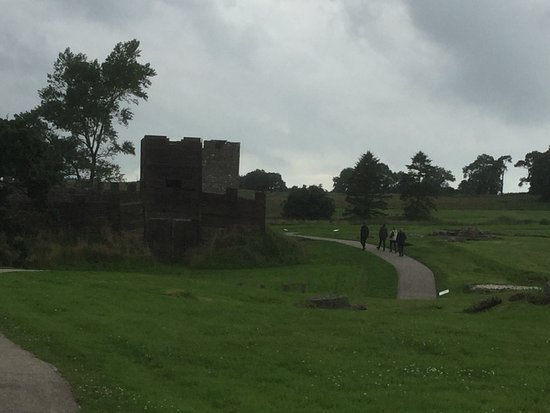 Hexham, UK: Reconstructed turrets