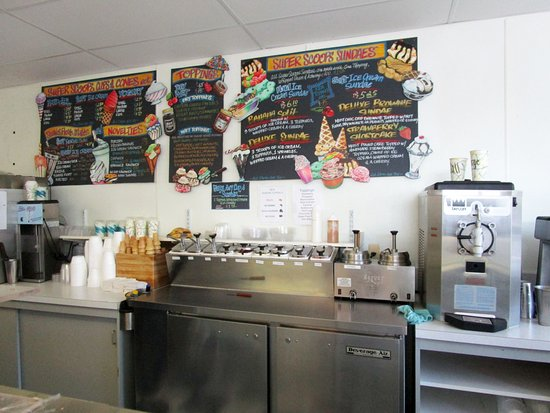 Parsippany, NJ: Super Scoops Ice Cream